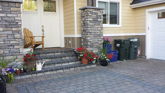 Paver driveway, steps and columns